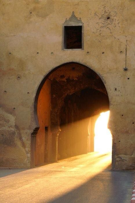 puerta luz.jpg