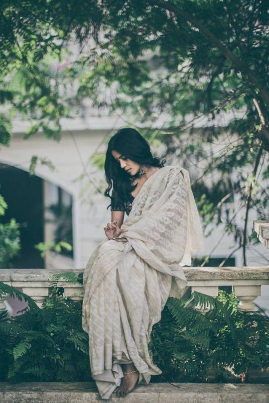 bella sari.jpg