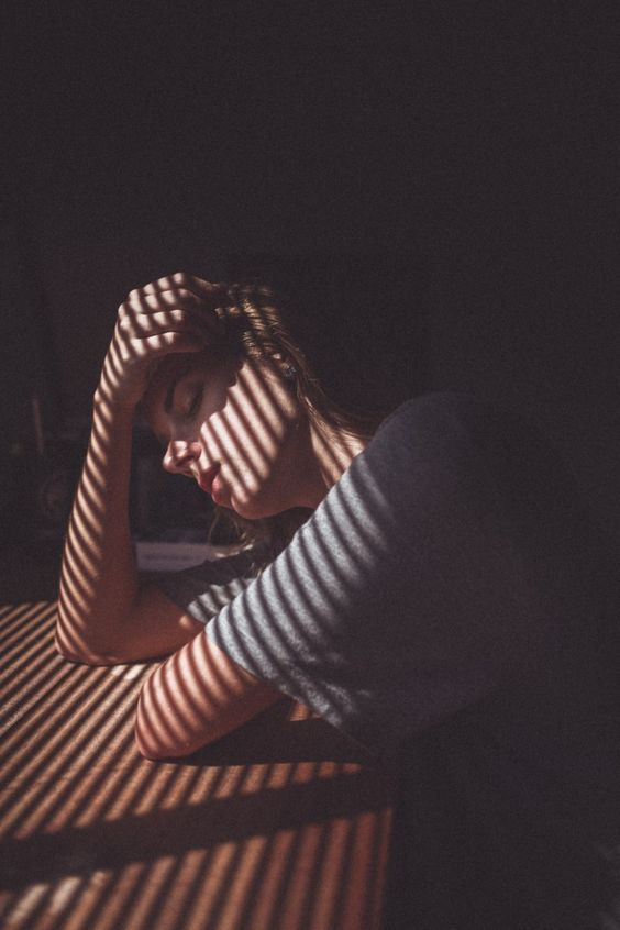 sombra mujer1.jpg